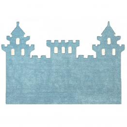 pravljično kraljestvo v otroški sobici z preprogo grad