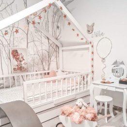 Nov Model postelje hiška